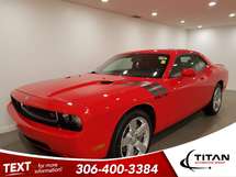 Dodge Challenger R/T 5.7L V8 HEMI| Leather | Manual | Navigation| Low KMs | Rims Inventory Image