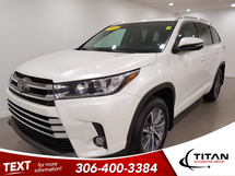 Toyota Highlander XLE AWD V6 | Leather | Navigation Inventory Image