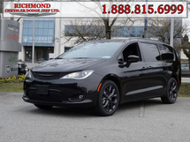 Chrysler Pacifica Touring-L  - Navigation Inventory Image