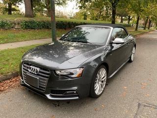 Audi S5 Vehicle Main Image