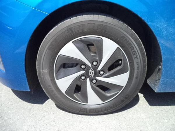 Hyundai Ioniq Hybrid SE Vehicle Details Image