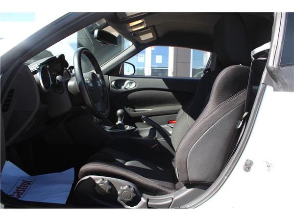 Nissan 370Z Sport Vehicle Details Image