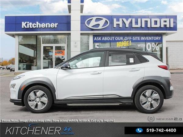 Hyundai Kona Preferred w/Two Tone Vehicle Details Image