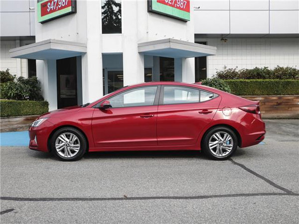 Hyundai Elantra Preferred Vehicle Details Image
