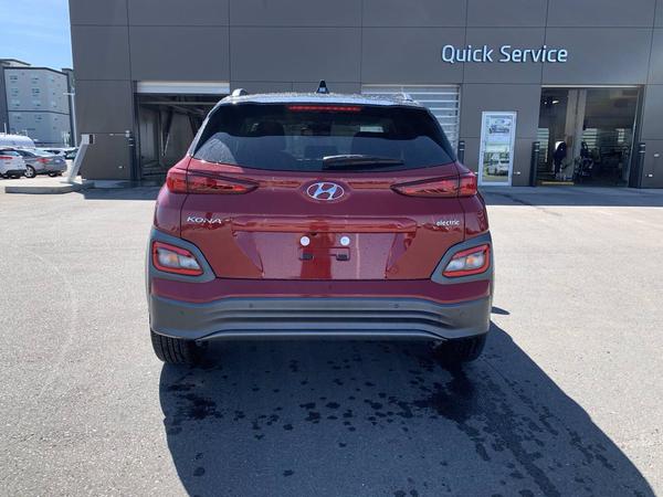 Hyundai Kona SEL Vehicle Details Image