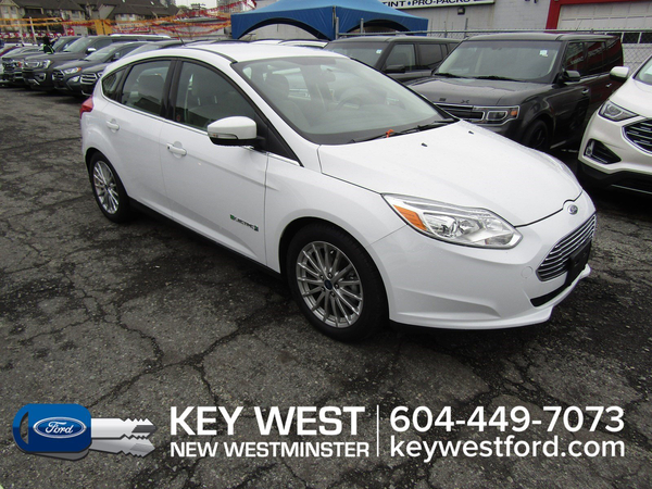 Ford Focus Hatchback Cam Sync 3 Heated Seats Vehicle Details Image