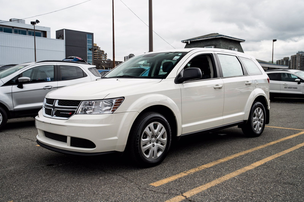Dodge Journey Canada Value Pkg Vehicle Details Image