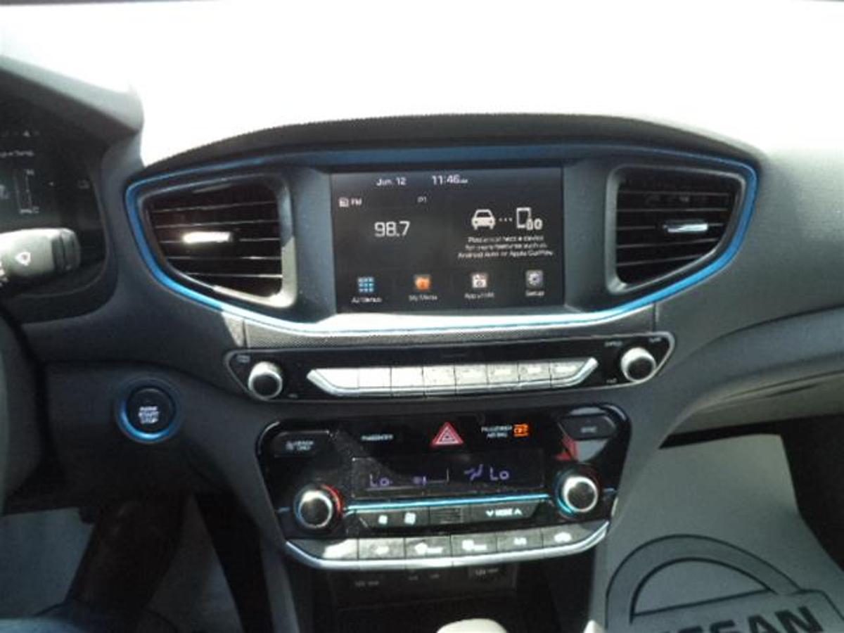 Hyundai Ioniq Hybrid Vehicle Details Image