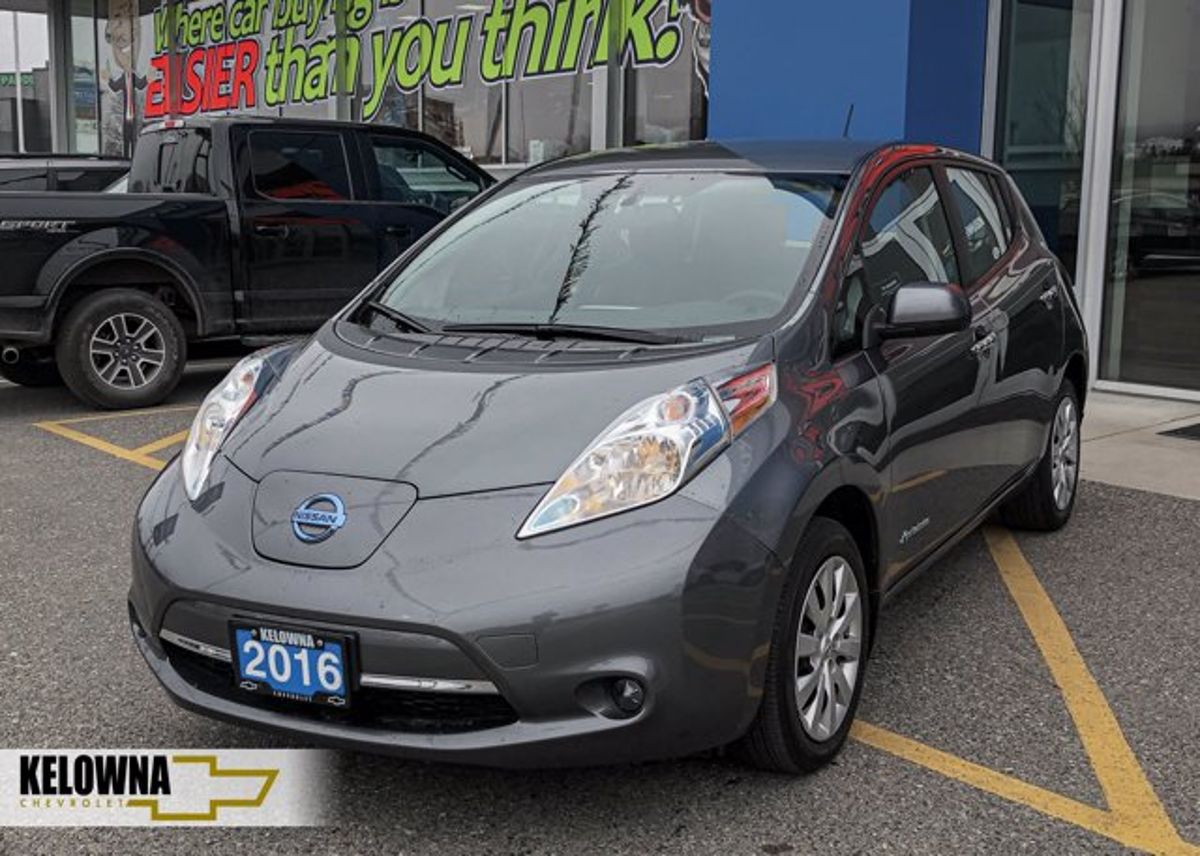 Nissan LEAF Vehicle Details Image