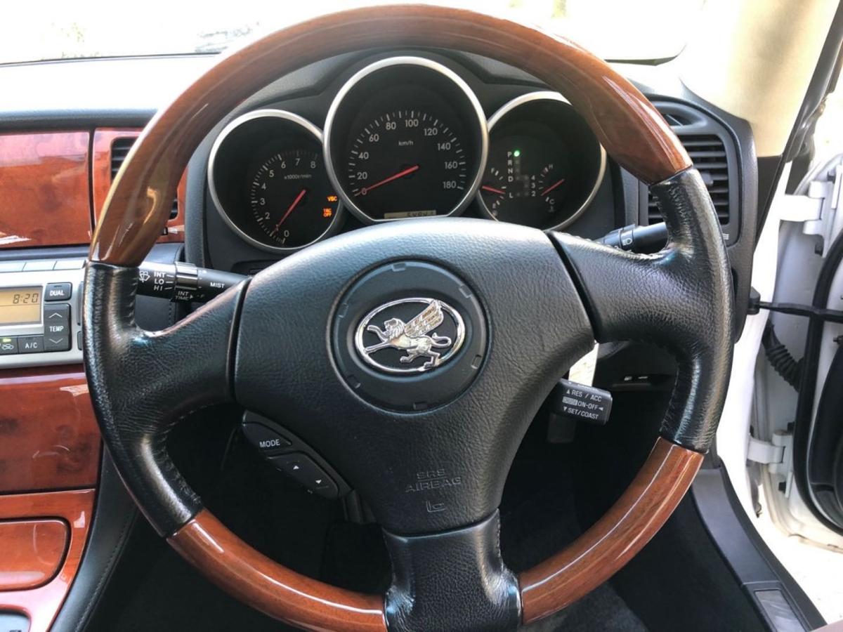 Toyota Soarer Vehicle Details Image