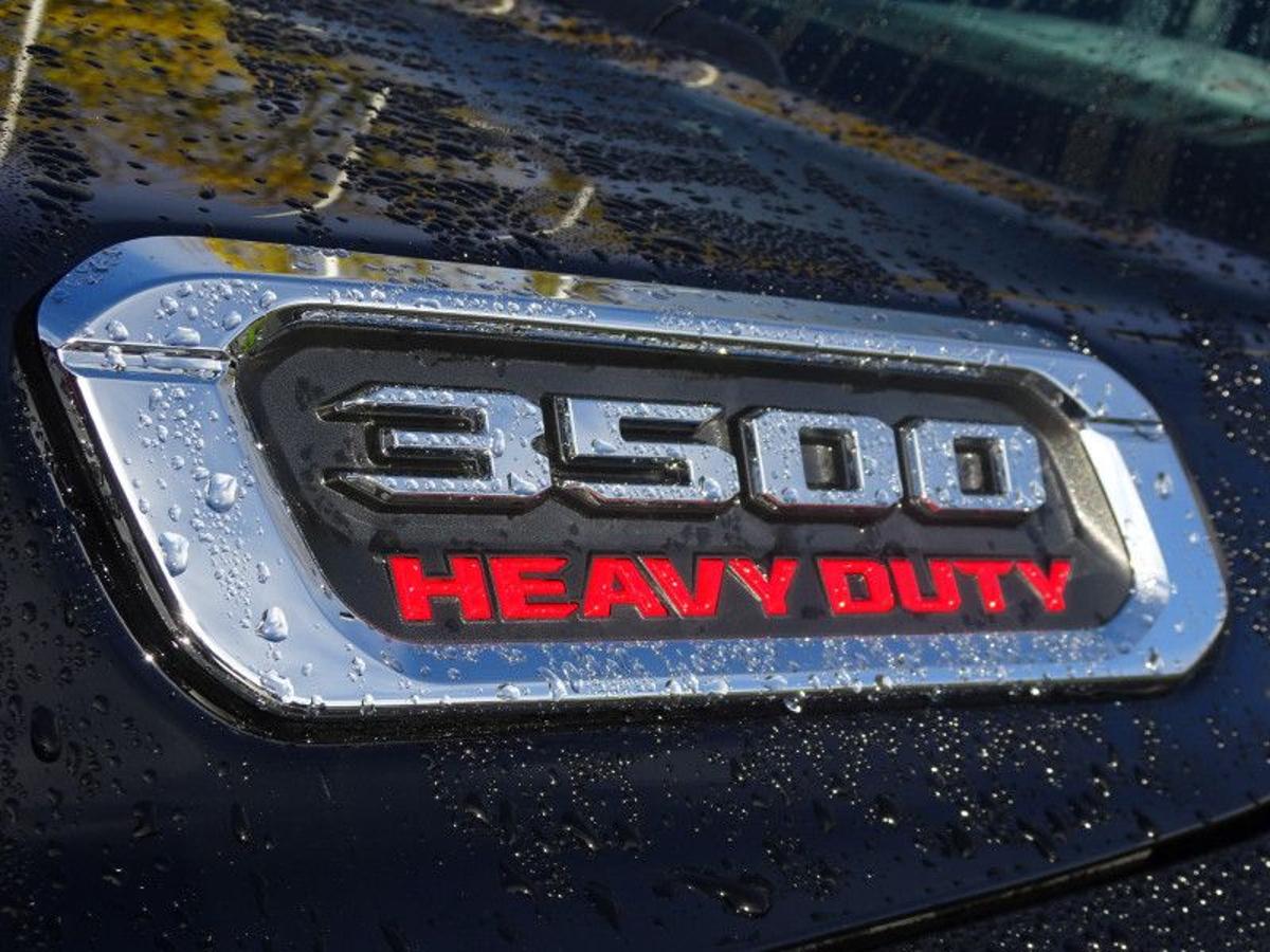 RAM Ram Pickup 3500 Vehicle Details Image