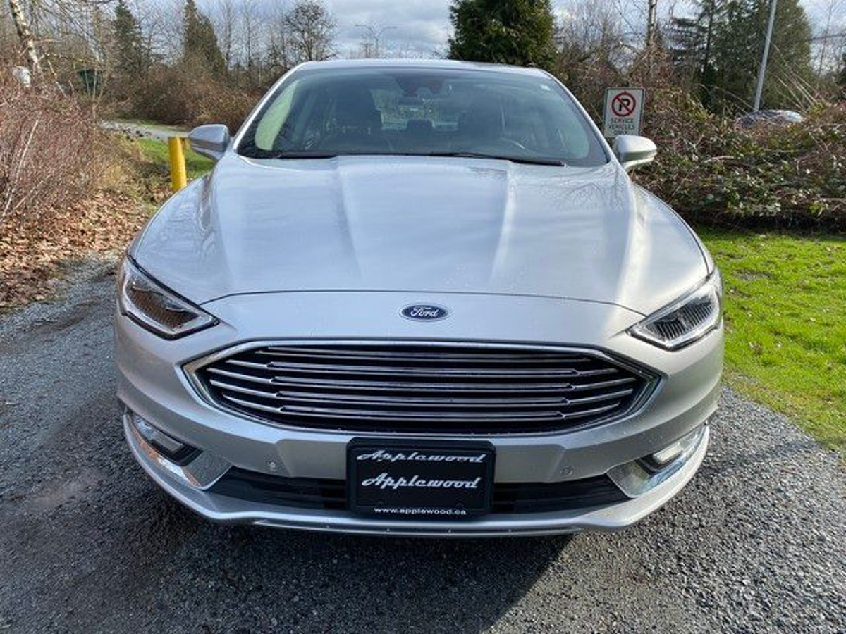 Ford Fusion Vehicle Details Image