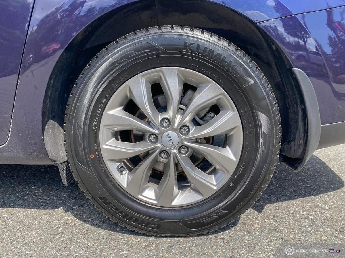 Kia Sedona Vehicle Details Image