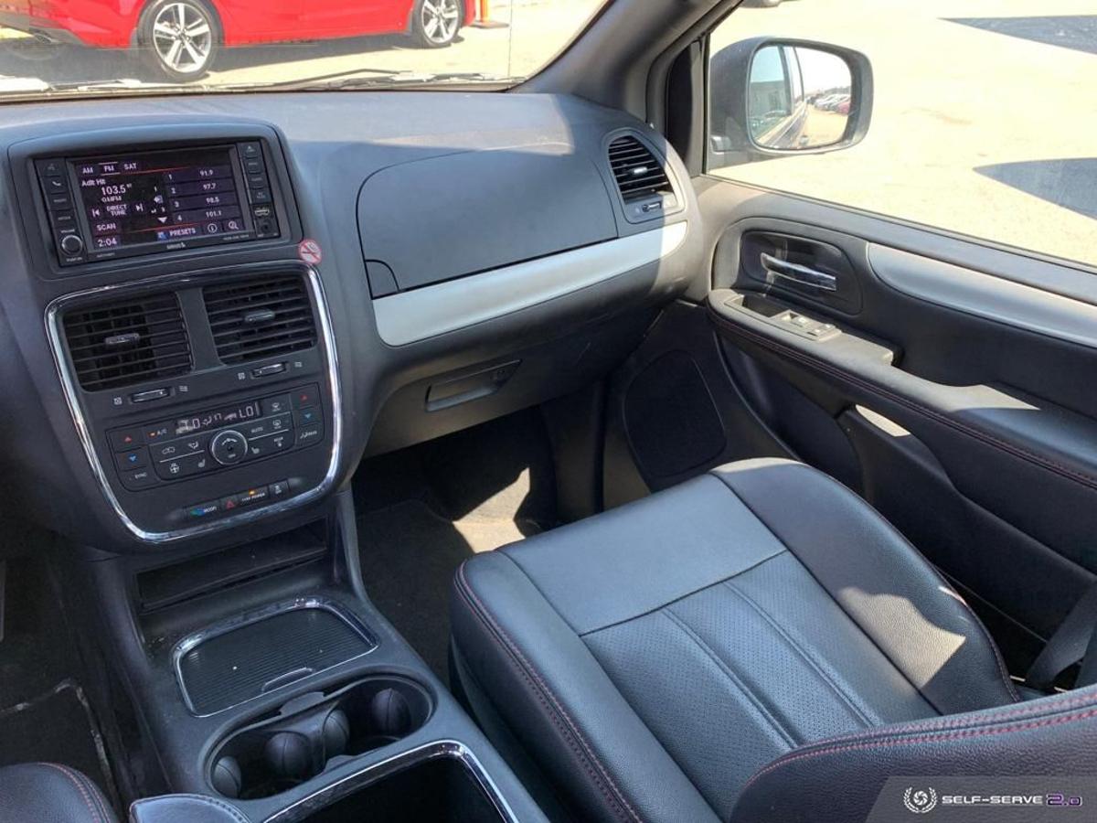 Dodge Grand Caravan Vehicle Details Image