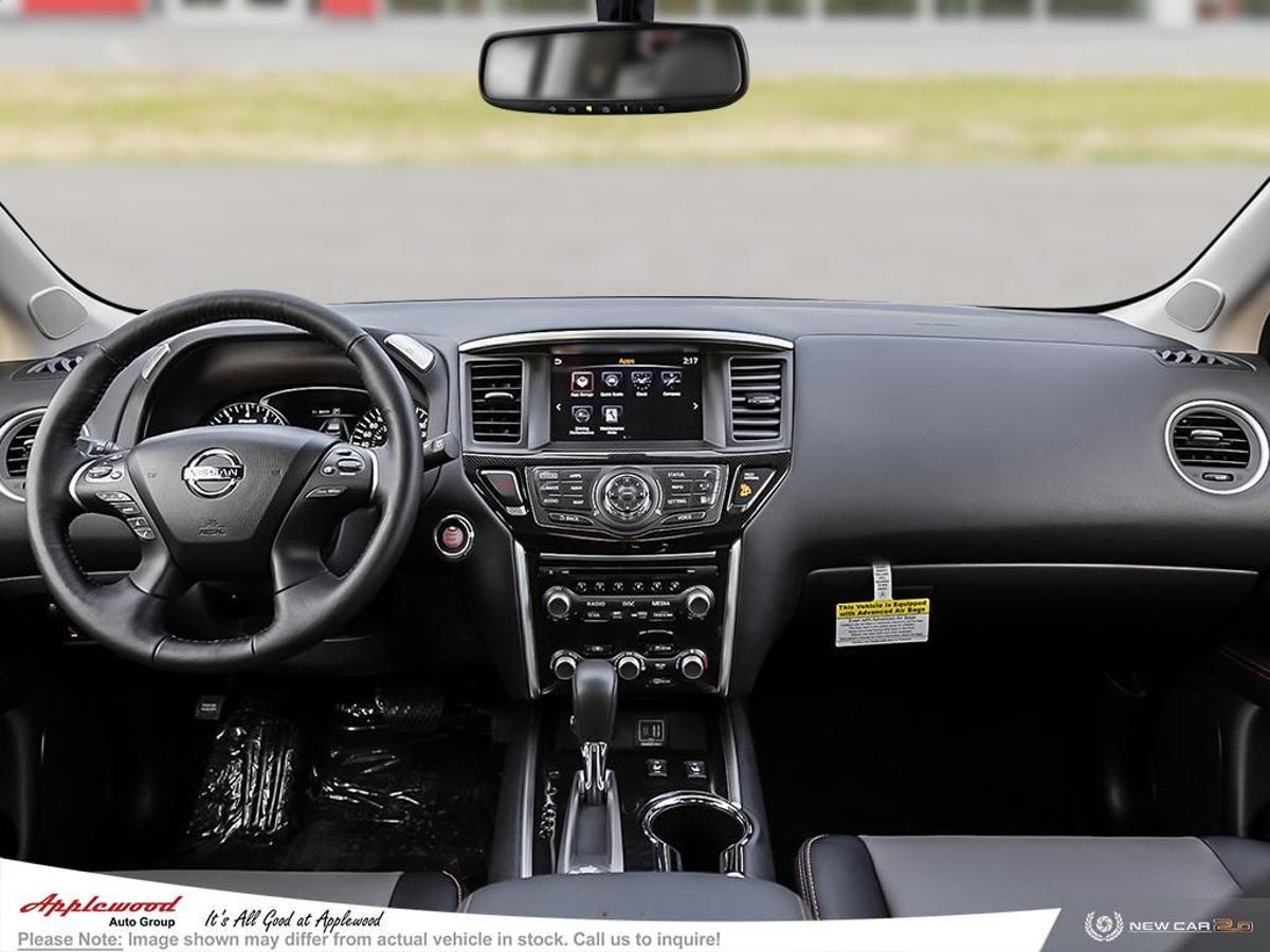 Nissan Pathfinder Vehicle Details Image