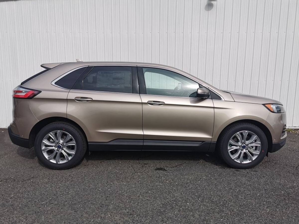 Ford Edge Vehicle Details Image
