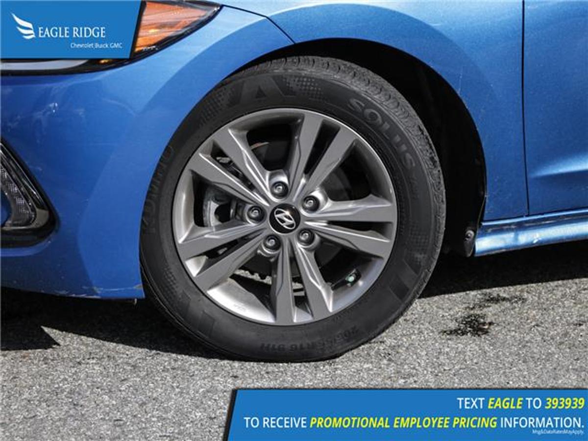 Hyundai Elantra Vehicle Details Image