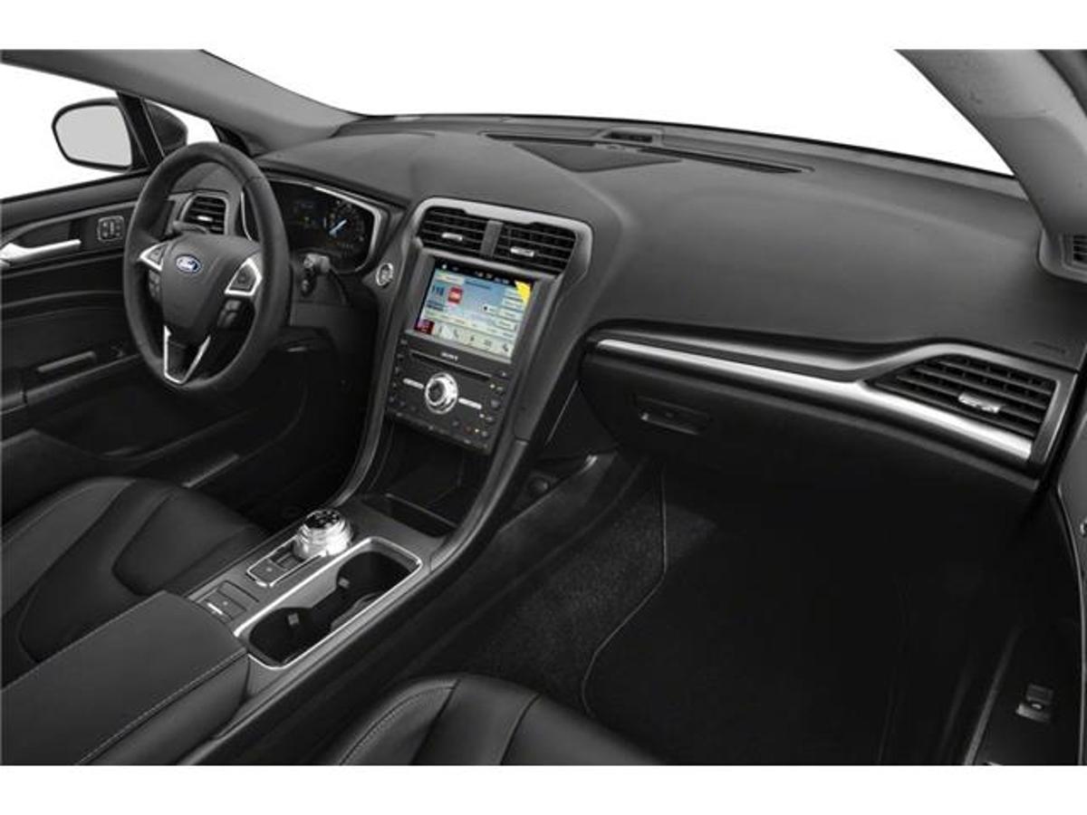 Ford Fusion Energi Vehicle Details Image