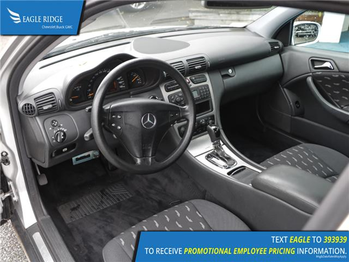 Mercedes-Benz C-Class Vehicle Details Image