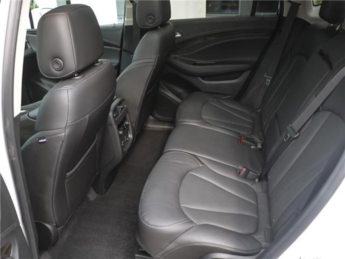 Buick Envision Vehicle Details Image