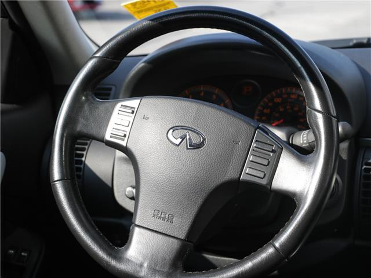 INFINITI G35 Vehicle Details Image