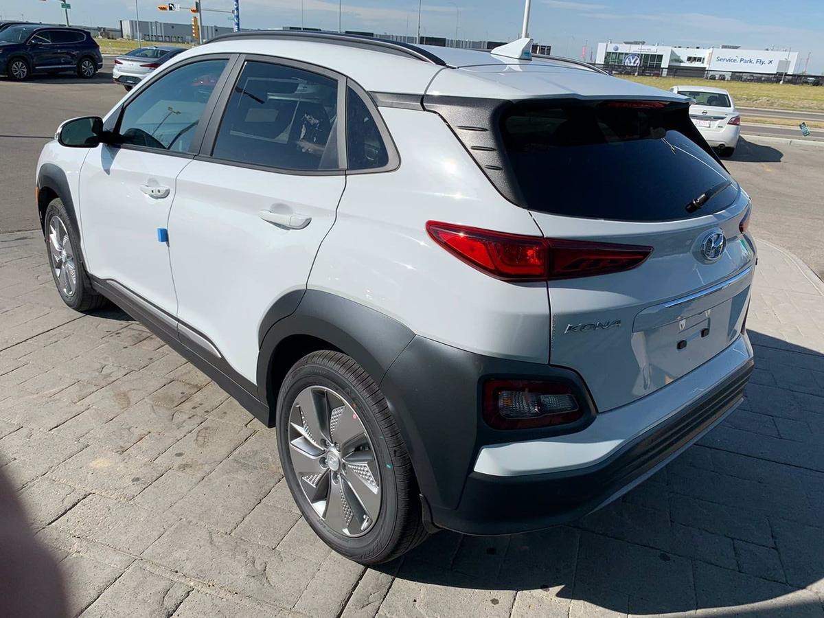 Hyundai Kona Vehicle Details Image