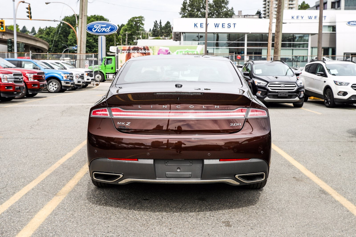 Lincoln MKZ Vehicle Details Image